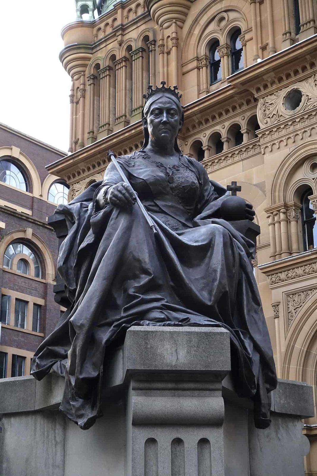 Robin Botie of ithaca, New York, photographs statue of Queen Victoria in Sydney, Australia.
